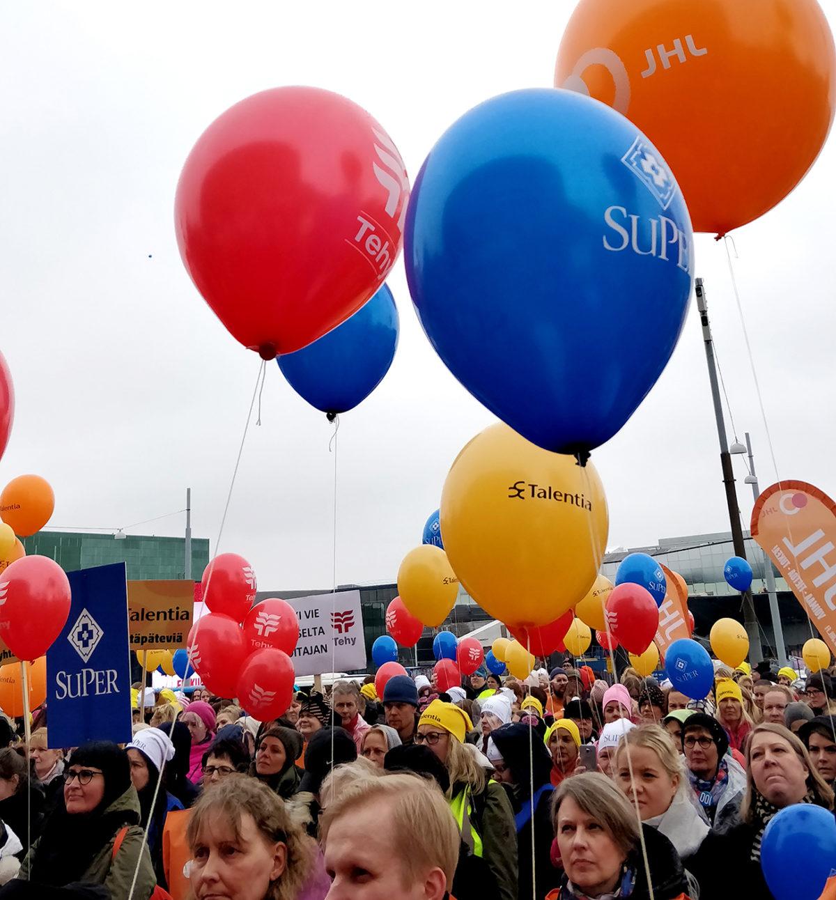 Tämän vuoksi lastentarhanopettajat marssivat ulos päiväkodeista